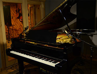 Yamaha C7 Grand Piano at Rosewood Recording Studio